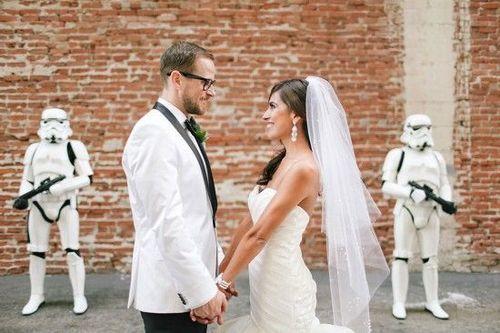 新人举办星球大战主题婚礼创意十足