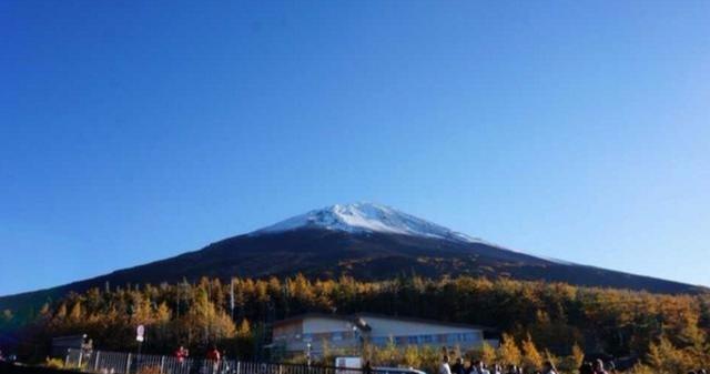 富士山不是日本的,每年日本需要交天价租金,还随时可