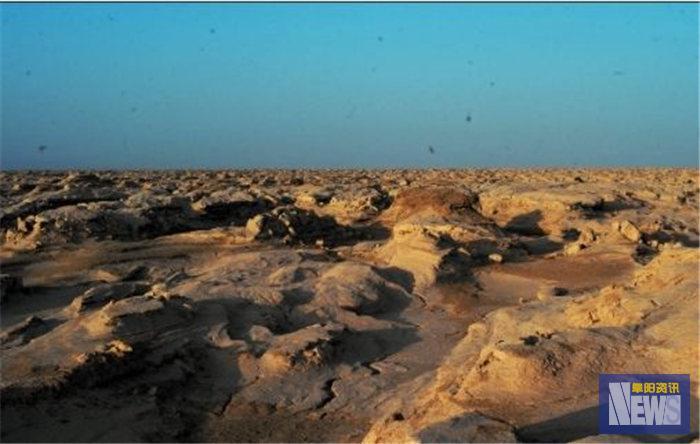 "<strong> 刷新  翻看  我  新疆4亿年前""死海""即将复活,水到底从何而来?看看专家怎么说</strong>"